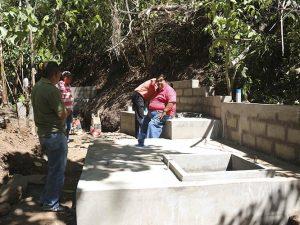 construccion-de-cajas-colectoras-de-agua-potable-7